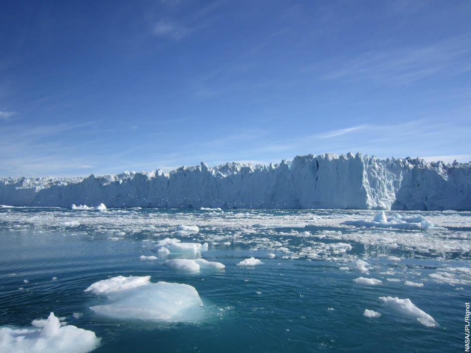 Photo of the edge of Store Glacier