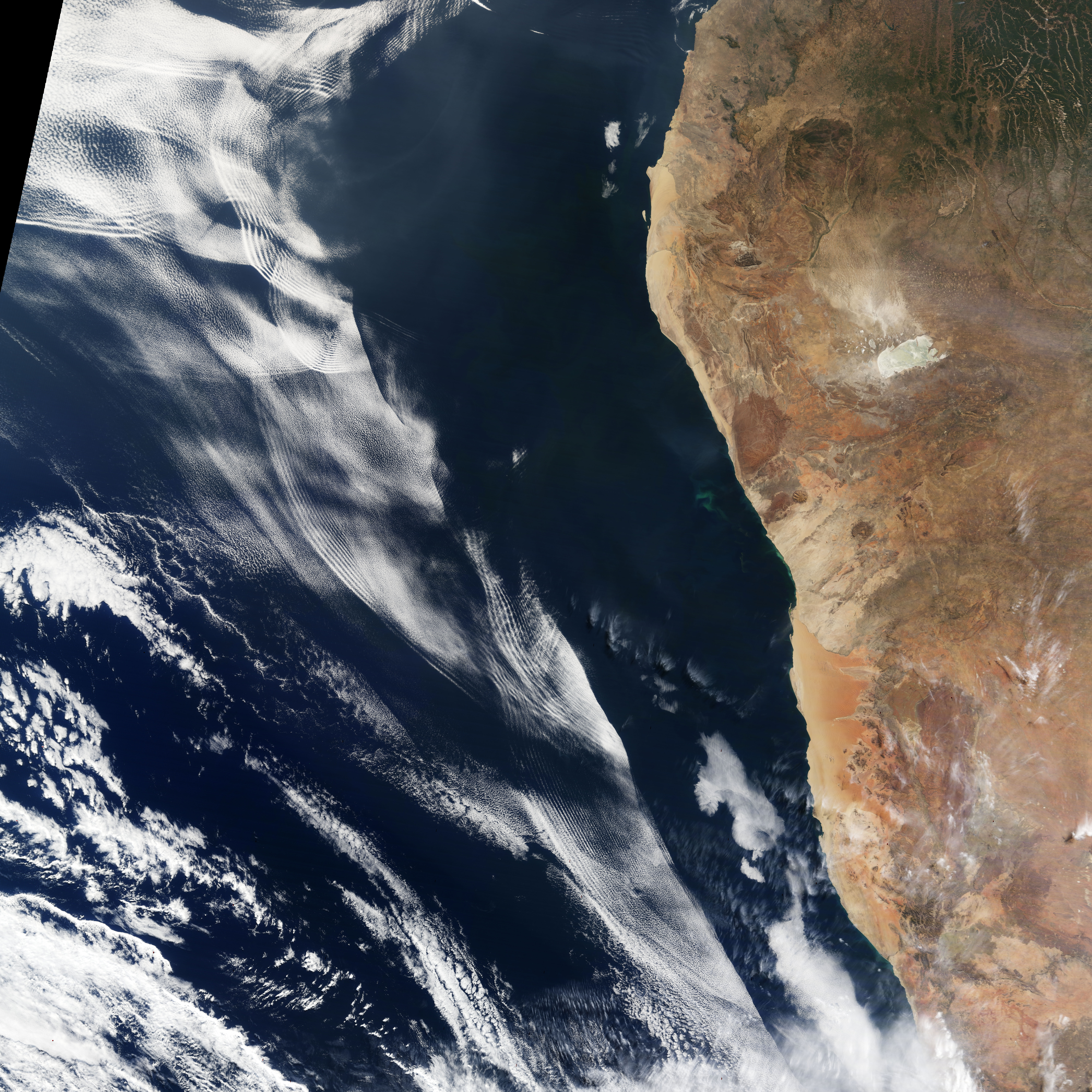 NASA GISS: Research Features: Cloud-Gazing: Gravity Waves ...